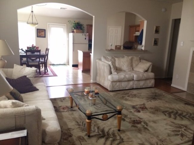 Nice furnished bedroom in a nice 3/2/2 house in real nice area in Grand Mission/West Park tollway - Mission Bend, West / SW Houston - Image 1
