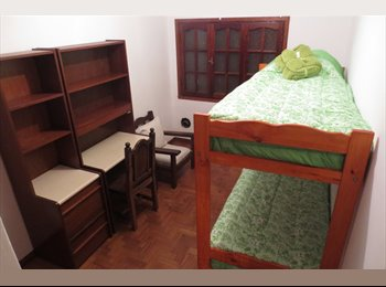 Rooms for rent - University exchange students