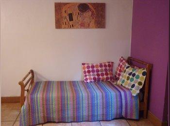 CompartoDepto AR - Habitación Hogareña - Monserrat, Capital Federal - AR$ 1 por mes