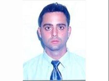 Juan Ernesto  - 35 - Profesional