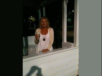EasyRoommate AU - Bella Beach House - Palm Beach, Gold Coast - $200 pw