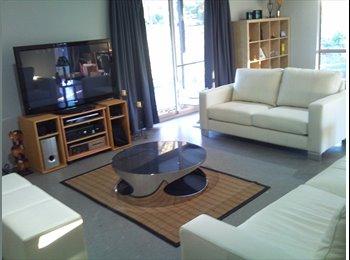 EasyRoommate AU - ROOM FOR RENT MODERN HOUSE, MAIDEN GULLY $160 week - Maiden Gully, Bendigo - $160 pw