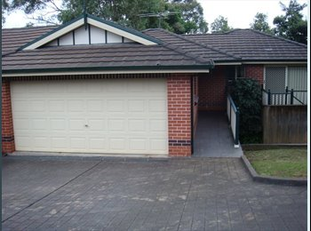 EasyRoommate AU - 1 Bedroom in 2 bed + study townhouse Paling St - Thornleigh, Sydney - $260 pw