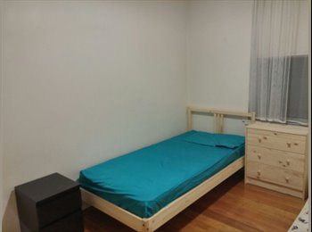 EasyRoommate AU - Friendly and Bright, All Utilities Included!!!! - Maribyrnong, Melbourne - $125 pw