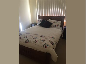 EasyRoommate AU - Housemate Required - Coomera, Gold Coast - $190 pw