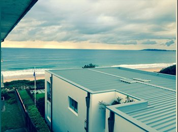 EasyRoommate AU - Backyard is beach - share flat with one other - North Narrabeen, Sydney - $300 pw