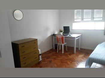 EasyQuarto BR - Aluga-se um quarto em  Laranjeiras - Laranjeiras, Rio de Janeiro (Capital) - R$ 1.200 Por mês