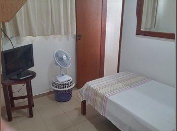 EasyQuarto BR - Três cômodos independentes - Asa Sul, Brasília - R$ 1.200 Por mês