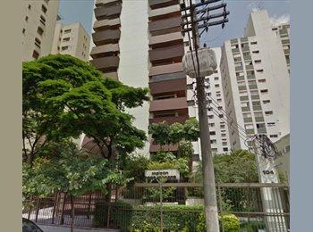 Suíte em Moema em Apartamento de 200 m²