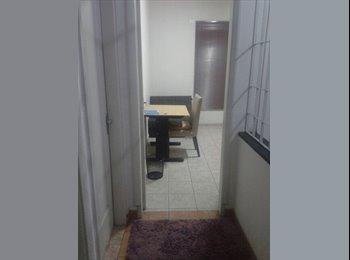 EasyQuarto BR - alugo quarto mobiliado com wifi R$700 - Jabaquara, São Paulo capital - R$ 700 Por mês