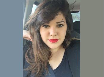 Andressa  - 22 - Estudante