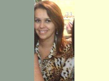 EasyQuarto BR - Ana Paula de Moura - 36 - Belo Horizonte