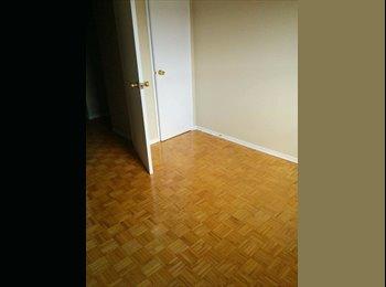 EasyRoommate CA - Burlington Room for Rent - Hamilton, South West Ontario - $520 pcm
