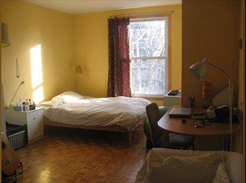 EasyRoommate CA - double room available - Le Plateau-Mont-Royal, Montréal - $600 pcm