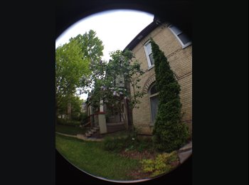 EasyRoommate CA - Downtown London Room for Rent - London, South West Ontario - $525 pcm