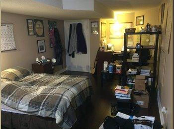 EasyRoommate CA - Huge room near UWO - London, South West Ontario - $435 pcm