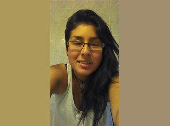 angelica  - 18 - Estudiante