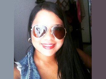 Karen - 19 - Estudiante