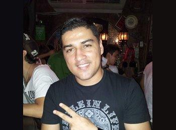Cristian  - 31 - Profesional