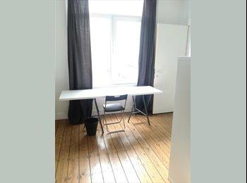 Ruime kamer 20 m² aan €380