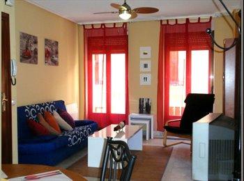 EasyPiso ES - Habitación con balcón y Wi-Fi en el centro - Centro Ciudad, Salamanca - 240 € por mes