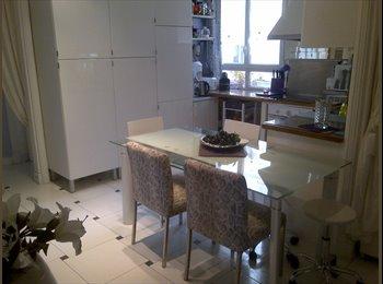 Belles chambres (15 m² ) Chacune
