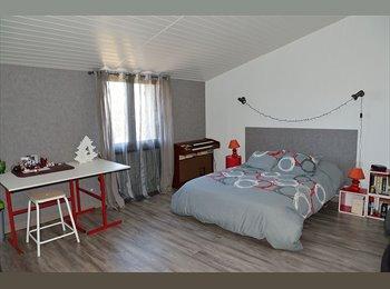 Appartager FR - CHAMBRE ETUDIANT A LOUER A ALES OU NIMES - Saint-Christol-lès-Alès, Alès - 300 € / Mois