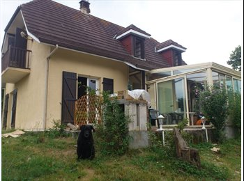 Appartager FR - Vivre Ensemble - Pau, Pau - 360 € / Mois