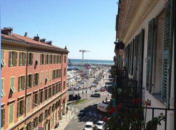 Studio avec balcon (libre du 1.11.15 - 02.16)