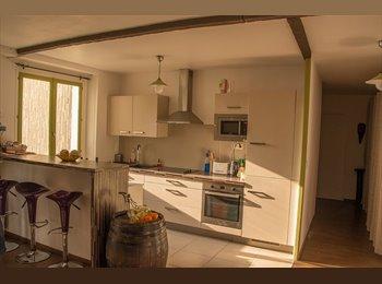 Chambre de 10 m2 disponible à partir du 01/05/15