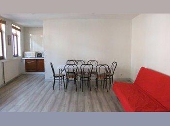 Appartager FR - maison 2 chambre 1 garage centre ville - Valenciennes, Valenciennes - 320 € / Mois
