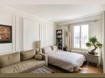 Appartager FR - 2 semaines à Bastille / Chambre 18m2 - 4ème Arrondissement, Paris - Ile De France - 500 € / Mois