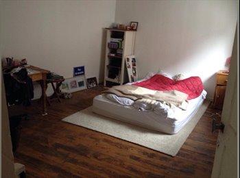 Appartager FR - Maison dans le vieux Lille - Vieux-Lille, Lille - 810 € / Mois