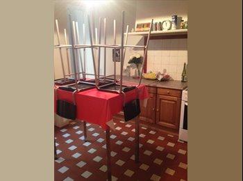 Appartager FR - Colocation centre ville - Capucins - Victoire - St Michel - Ste Croix, Bordeaux - 307 € / Mois