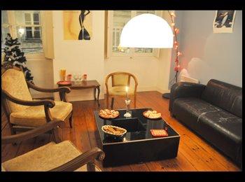 Appartager FR - Je propose une colocation à Bordeaux - Capucins - Victoire - St Michel - Ste Croix, Bordeaux - 420 € / Mois