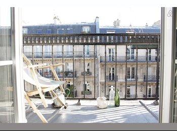 Appartager FR - Loue chambre dans le 10eme avec balcon - 10ème Arrondissement, Paris - Ile De France - 600 € / Mois