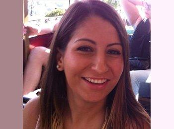Zeynep - 24 - Etudiant