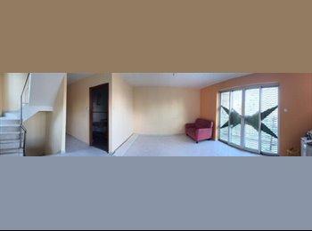 EasyRoommate HK - A Newly Renovated 3 Bedrooms Flat w/ Rooftop - Tai Po, Hong Kong - HKD10,000 pcm