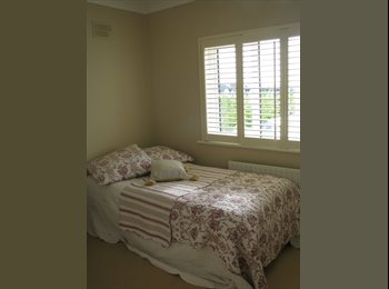EasyRoommate IE - attractive house shared - Galway, Galway - €350 pcm