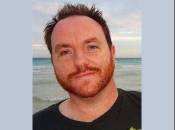 EasyRoommate IE - Robert - 40 - Galway