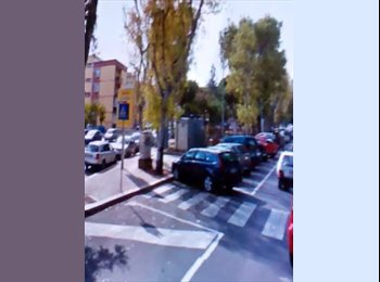 EasyStanza IT - stanze per studenti, ufficio e lavoratori - Picone-Poggiofranco, Bari - € 250 al mese