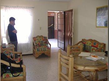 Rento  una habitación en departamento amueblado