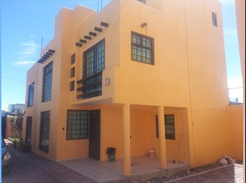 CompartoDepa MX - Casa amueblada en fraccionamiento - Toluca - Toluca, México - MX$4,000 por mes