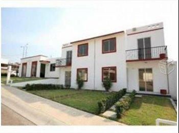 CompartoDepa MX - RENTO CASA AMUEBLADA EN FRAC. JARDINES DEL GRIJALVA CHIAPAS - Tuxtla Gutiérrez, Tuxtla Gutiérrez - MX$3,500 por mes