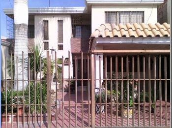 CompartoDepa MX - Rento Habitación para Dama - Torreón, Torreón - MX$2,500 por mes