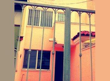 CompartoDepa MX - Se busca roomie mujer - Zapopan, Guadalajara - MX$2,000 por mes