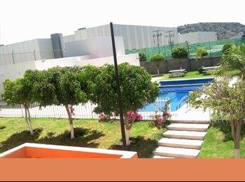 CompartoDepa MX - Ofrezco cuarto con servicios incluidos $3700 / mes - Delegación Epigmenio González, Querétaro - MX$3,700 por mes