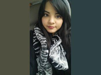 Adriana  - 21 - Estudiante
