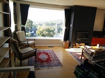 NZ - 2 bed house with bush views close to the city - Kelburn, Wellington - $450 pw