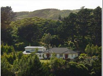 NZ - Furnished room to rent: Rural setting - Glenside, Wellington - $220 pw